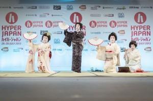 Sayuki performing at Hyper Japan